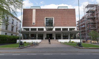 UNIKT BYGG: Kunstnernes Hus er en kunstnerdrevet, uavhengig stiftelse. Kunstnernes Hus er regnet som en av de viktigste arkitektoniske eksemplene på nordisk funksjonalisme. (Kilde: Wikipedia). Foto: Per Mork, KINOMAGASINET ©