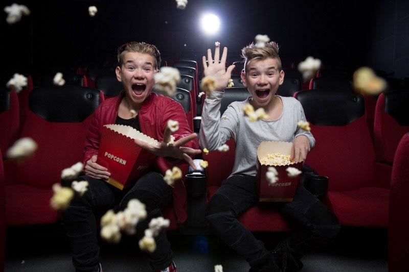 Marcus Gunnarsen og Martinus Gunnarsen (f. 21.02.2002) er to identiske tvillinger. De er kjent som Marcus & Martinus