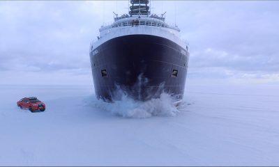 PÅ GLATTISEN: Det er spektakulære, og nokså unike, scener da Børning 2 presenterer et billøp i vinterland.