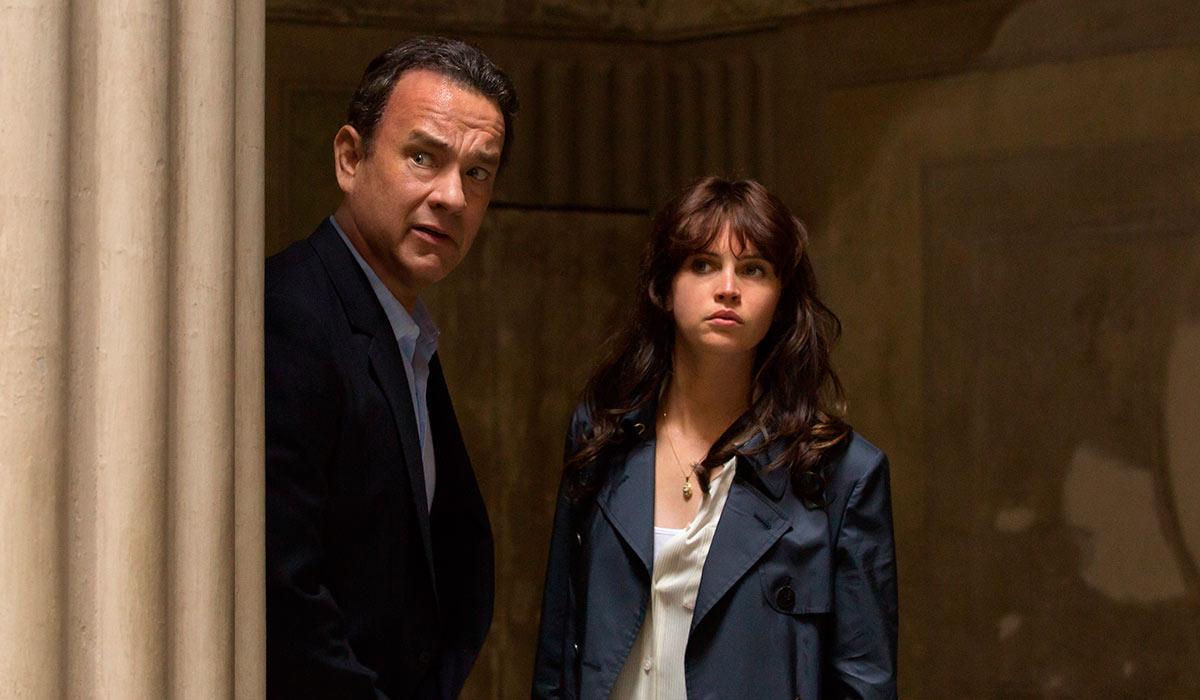 Robert Landgon (Tom Hanks) får denne gangen hjelp av Sienna (Felicity Jones).