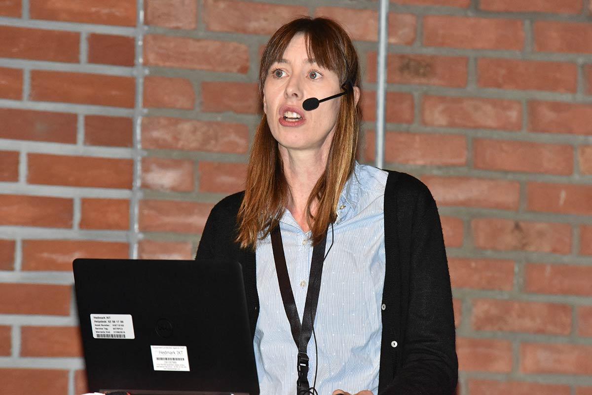 Anita Kristensen hos Bø Kino prøver alltid å vise 3D-trailere foran 3D-filmer og kun trailere for filmer de skal vise. Foto: John Berge, KINOMAGASINET.