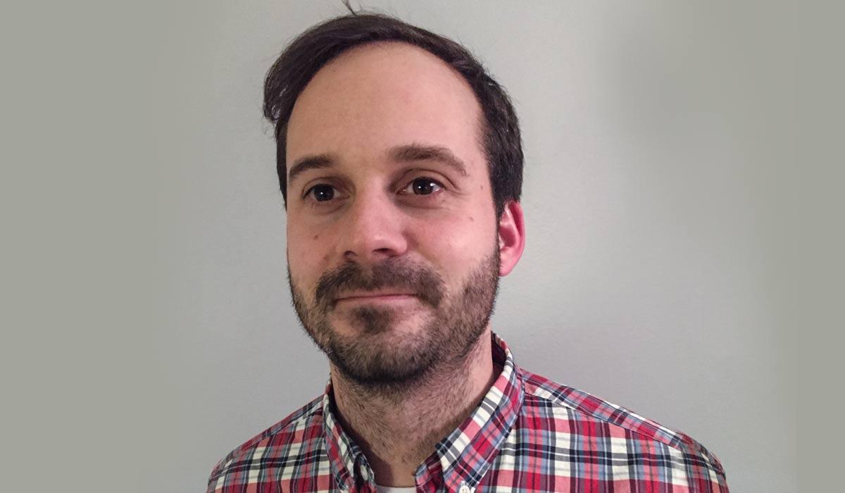 Endre Solhjem Knutsen er kulturkonsulent i Tinn kommune med ansvar for Rjukan Kino. Foto: Privat