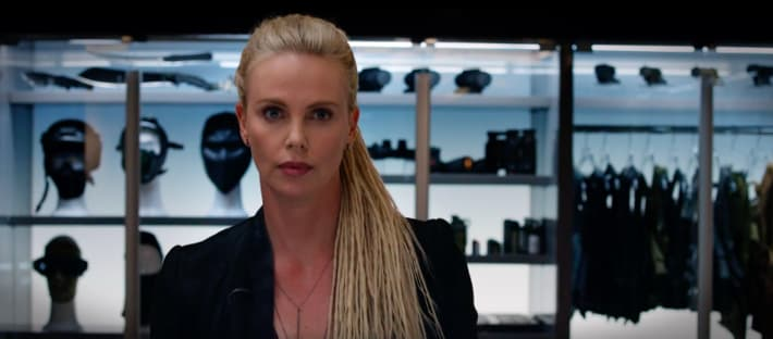Cipher (Charlize Theron).