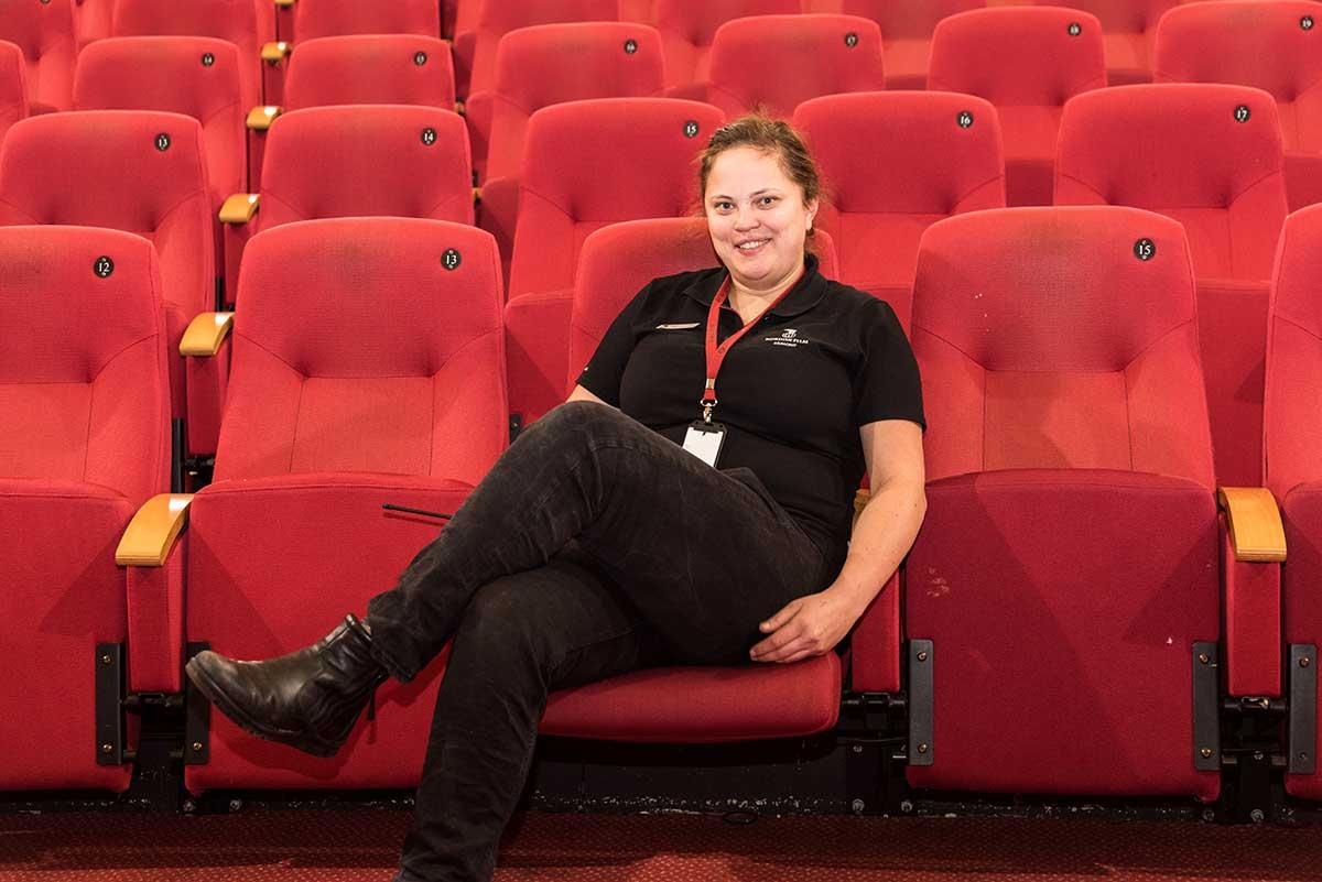 Julie Elvestad er kåret til «Årets leder» hos landets største kinokjede, Nordisk Film Kino. Foto: Per Mork, KINOMAGASINET ©