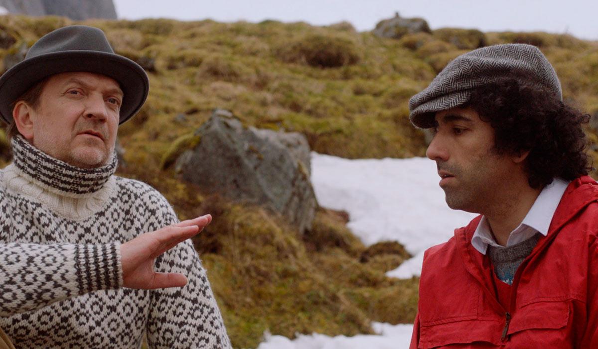 GODE PRESTASJONER: Både Gard Bjørnstjerne Eidsvold og Sharukh Kavousi gjør gode skuespillerprestasjoner i filmen.